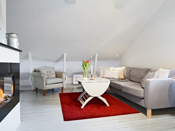 pomysł na otwarty salon z kuchnią na poddaszu w rodzinnym domu  zdjęcie w se   -> Salon Polączony Z Kuchnią Na Poddaszu