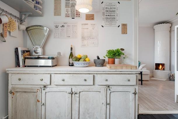 wiejska kuchnia w stylu vintage w skandynawskim mieszkaniu  zdjęcie w serwis   -> Kuchnia Wiejska Inspiracje